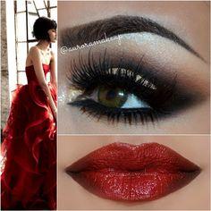 Dramatic smokey eye with red lip