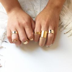 LOVE THESE Gold Stacking Ring Set - Shiny Mirror Effect - Midi Rings for Spring/Summer!
