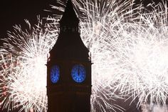 Fuegos artificiales en Londres. on January 01, 2016 in London, England. (Photo by Carl Court/Getty Images)