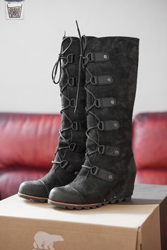 Sorel boots - perfect for snow!  Win them @ www.facebook.com/ghentstreetstyle