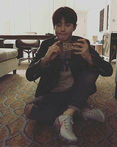 ♥ Onde Junmyeon tem problemas em aceitar sua aparência, mesmo Yixing … #fanfic # Fanfic # amreading # books # wattpad