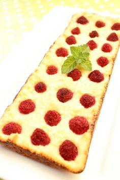 5 perces málnás túrós grízsüti Pepperoni, Muffin, Pizza, Sweets, Cookies, Food, Cooking, Crack Crackers, Gummi Candy