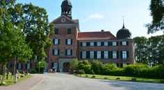 Neuschwanstein, Berlin Germany, Europe, Mansions, House Styles, Html, Home Decor, Freiburg, Road Trip Destinations
