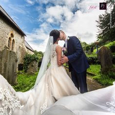 Are you looking for wedding photography ideas? Look through the gallery for creative ideas, and get a feel of what you want from your South Wales Wedding.