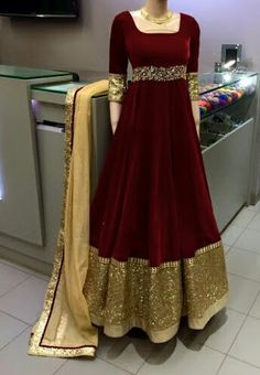 Velvet long frock is the trend of the year for this wedding season and as a winter apparel. These beautiful velvet gowns look royal and give you a queen like appearance Pakistani Gowns, Indian Gowns Dresses, Pakistani Wedding Outfits, Indian Outfits, Designer Anarkali, Designer Gowns, Indian Designer Wear, Afghan Clothes, Afghan Dresses