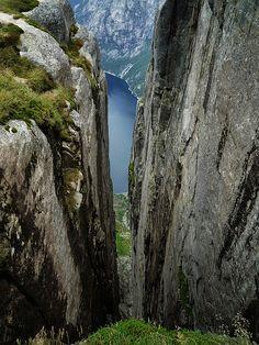 ♥ Depth - Norway – Kjerag