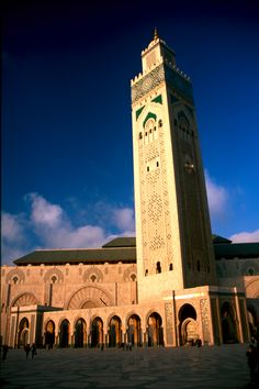 This is the Hassan Mosque in Casablanca. What you see are walls that were hand crafted marble and a retractable roof. A must see in Casablanca of the Imperial Cities Tour.