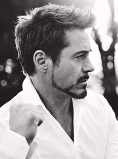 robert downey jr. I'm so obsessed right now.