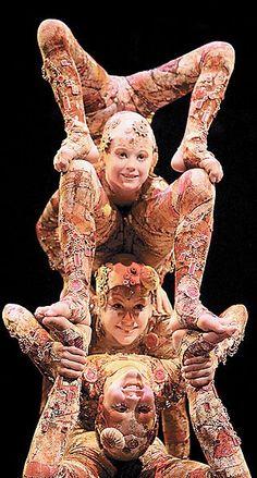 Photo of Cirque du Soleil for fans of Cirque du Soleil 155504 Clowns, Art Du Cirque, Circus Acts, Le Clown, Pierrot, Circus Performers, Contortionist, Big Top, Ballet