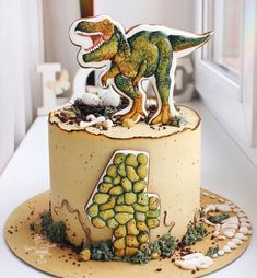 Dinosaur Party, Fondant Cakes, Mini Cakes, Cake Cookies, 4th Birthday, Bakery, Desserts, Cream, Food