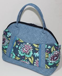 Sew Sweetness Sublime Bag sewing pattern, sewn by Marvelous Auntie M