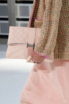 Chanel Spring 2017 Ready-to-Wear collection.