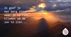 Vandaag vieren we #wereldvriendendag. Vrienden zijn van onschatbare waarde, juist in tijden van groot verdriet. Zoek je steun en troost? Praat mee op www.wietroostmij.nl over vriendschap en verlies.