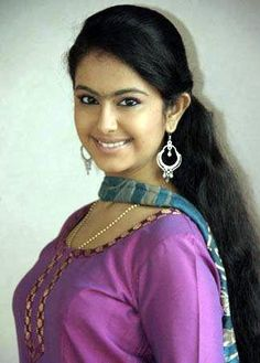 Avika Gor Biography