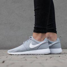 Damen Schuhe sneakers Nike Roshe One (GS) 599728 033