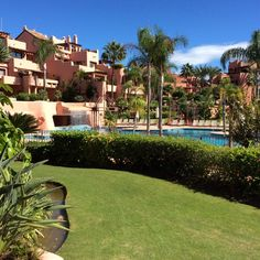 Marbella Direct - Immaculate Beachside Estepona Apartment  http://www.marbelladirect.com/en/property/id/702223-immaculate-beachside-estepona-apartment