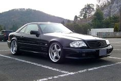 Mercedes R129 SL500, I'm liking the clear turn signal lenses.