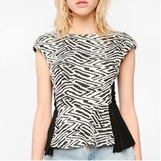 "Silence + Noise Sz S Stripe Peplum Sheer Side Top Silence + Noise Urban Outfitters Sz S Zebra Stripe Peplum Sheer Sides and back Cap Sleeve  Stretch Top Length 23""  Bust 32-34""  Excellent Used Condition  Urban Outfitters Tops"
