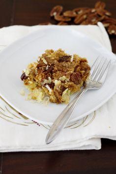 Easy Pineapple Coconut Dump Cake
