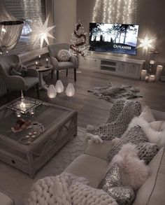 32 awesome winter simple living room decor ideas 13 ⋆ All About Home Decor Living Room Themes, Design Living Room, Living Room Decor Cozy, Living Room Color Schemes, Elegant Living Room, Living Room Grey, Colour Schemes, Modern Living, Small Living