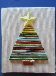 Rolled Paper Christmas Tree -- easy Christmas craft to do with the kids!
