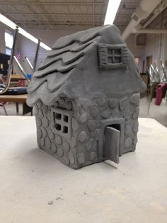 Pictures of Slab Clay Art Clay Houses, Ceramic Houses, Ceramic Clay, Mini Houses, Pottery Houses, Slab Pottery, Ceramic Pottery, Clay Projects For Kids, Clay Fairy House