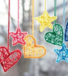 Hearts and Stars Dream Catchers Yarn Free Knitting Patterns Crochet Patterns Yarnspirations love these baby mobile x Yarn Bombing, Knitting Patterns Free, Free Knitting, Crochet Patterns, Free Pattern, Knitting Needles, Baby Knitting, Kids Crafts, Diy And Crafts