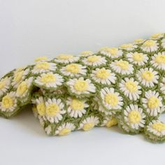 Daisy Crochet Blanket