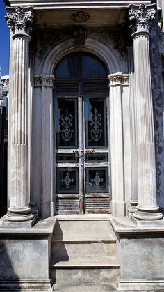 Doors worldwide by PR-4U, via Flickr
