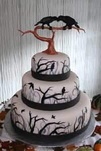 Too spooky for a wedding cake, but I love the tree details!