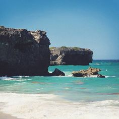 Bottom Bay, Barbados / 10 essential activities for a week in jaw-dropping Barbados / A Globe Well Travelled