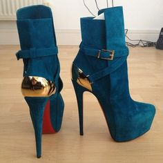 Christian Louboutin blue suede high heel bootie (ankle boots) for fall