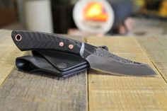 Gar Belt EDC – Penny Face Knives & Leather