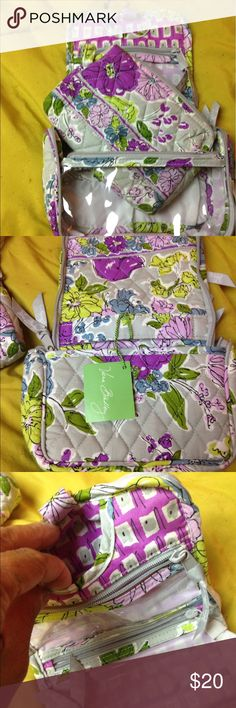 New Vera Bradley travel duo travel make up bag. Make up travel bag has 3 zippers and 3 pockets. Also comes with removable cosmetic bag. Vera Bradley Bags Cosmetic Bags & Cases