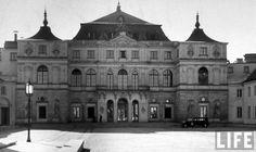 pałac Bruhla - Stan po restauracji przeprowadzonej w latach 30-tych XX w.: