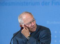 Bundesfinanzminister Wolfgang Schäuble. http://www.focus.de/politik/deutschland/wachsende-distanz-zu-merkel-natuerlich-traut-wolfgang-schaeuble-sich-das-kanzleramt-zu_id_5073359.html