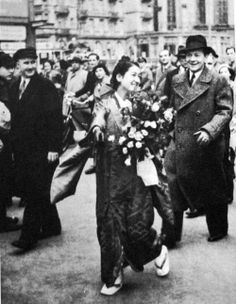 """In 1937, Japanese actress Setsuko Hara visited Nazi Germany for the promotion of the film """"Samurai's Daughter (新しき土, 1937)"""" by Arnold Fanck"""