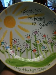 Teacher Appreciation Gifts 2019 - Teacher Gift done by PYOP Studio in Northborough, MA. Parent Gifts, Teacher Gifts, Homemade Gifts, Diy Gifts, Crackpot Café, Farewell Gifts, Auction Projects, Auction Ideas, Volunteer Gifts