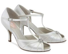 White Dyeable Pink Perfume Bridal Shoes