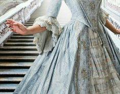 Cinderella Aesthetic, Disney Aesthetic, Princess Aesthetic, Blue Aesthetic, Aesthetic Photo, Lizzie Hearts, Princess And The Pauper, 12 Dancing Princesses, Disney Princesses
