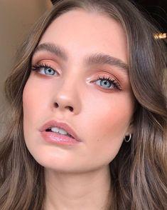 Pin on ᴍᴀᴋᴇ ᴜᴘ Cool Makeup Looks, Bridal Makeup Looks, Halloween Makeup Looks, Natural Makeup Looks, Cute Makeup, Gorgeous Makeup, Pretty Makeup, Wedding Makeup, Hair Makeup