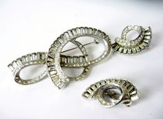Vintage Hattie Carnegie Baguette Rhinestone Set Brooch Earrings