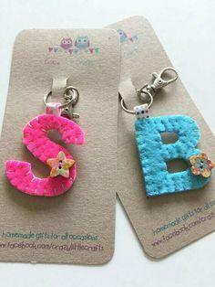 Porta chaves letras em feltro - Items op Etsy die op Sleutelha