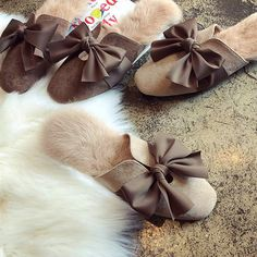 We'll always have Paris! Inspired by Parisian slides from the these oh-so-elegant Bowknot Fur Slippers wrap your tired tootsies in luxury. Winter Slippers, Cute Slippers, Baby Slippers, Slipper Socks, Acorn Kids, Apollo Box, Bedroom Slippers, Leather Slippers, Cool Gifts