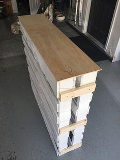 diy wood pallet outdoor bar, how to, outdoor furniture, outdoor living, pallet…