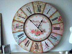Decoupage Letters, Decoupage Paper, Clock Craft, Diy Clock, Giant Wall Clock, Cosy Room, Kitchen Wall Clocks, Cool Clocks, Diy Workshop