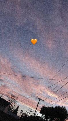Emoji Wallpaper Iphone, Cute Emoji Wallpaper, Phone Wallpaper Images, Iphone Wallpaper Tumblr Aesthetic, Iphone Background Wallpaper, Cute Disney Wallpaper, Aesthetic Pastel Wallpaper, Scenery Wallpaper, Tumblr Wallpaper