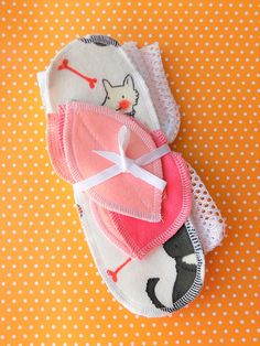 0cb49823ee1 Puppies Panty Liner Pedal pad Combo wingless panty liners Cloth Pads