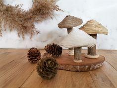 """𝖠𝗇𝗇-𝖢𝗁𝗋𝗂𝗌𝗍𝗂𝗇 on Instagram: """"🍂Umgarnte Pilzehüte 🍂 (warum gibt es bei Huawai keine Pilz emojis ?) sie sind aus Modelliermasse und Treibholz und mit verschiedenen…"""" Potpourri, Christen, Place Cards, Place Card Holders, Instagram, Fimo, Modelling Clay, Driftwood, Mushrooms"""