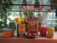 desorating with vintage tins - Beatrice Euphemie